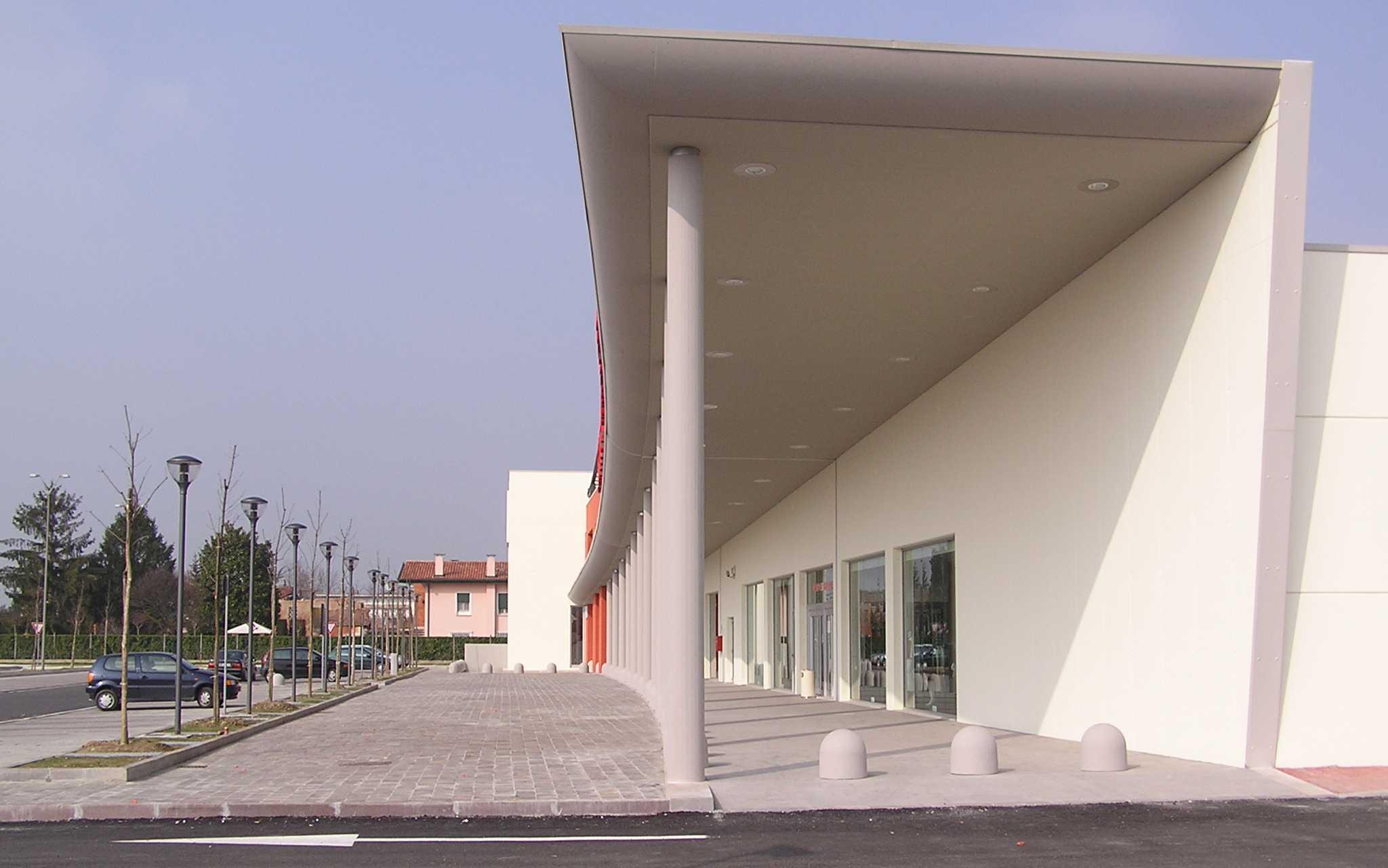Centro commerciale/direzionale